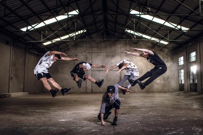 Battle Force mentor - Breackdance -CBAction