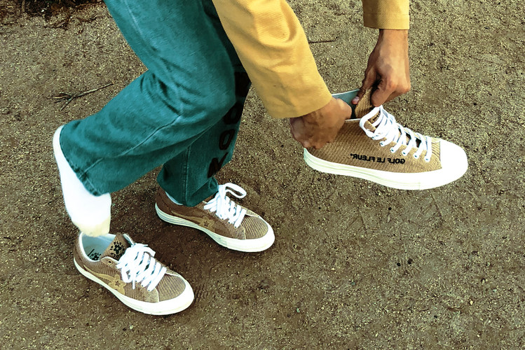 https___hypebeast.com_image_2018_10_tyler-the-creator-golf-le-fleur-converse-chuck-taylor-70-one-star-burlap-canvas-release-details-0 (1)
