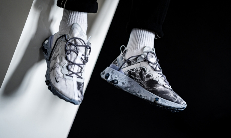 nike-x-kendrick-lamar-react-element-55-»pure-platinum«-cj3312-001-mood-3