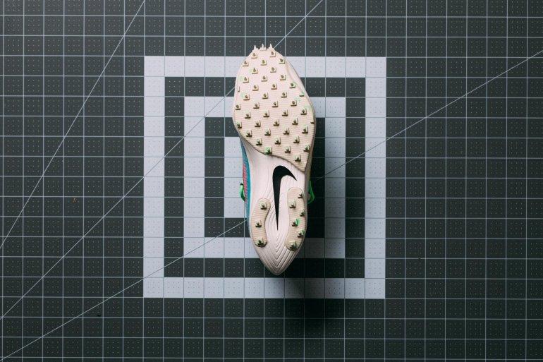 Nike_Off_White_WMNS_Vapor_Street_Sneaker_Politics-22